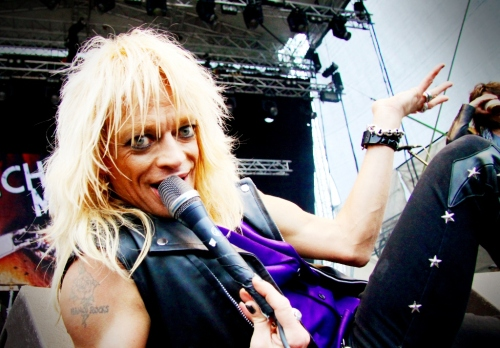 Find the pics that really stand out from the mass, like when Michael Monroe lies down in front of you and looks straight into the camera at Kivenlahti Rock in Espoo, Finland.